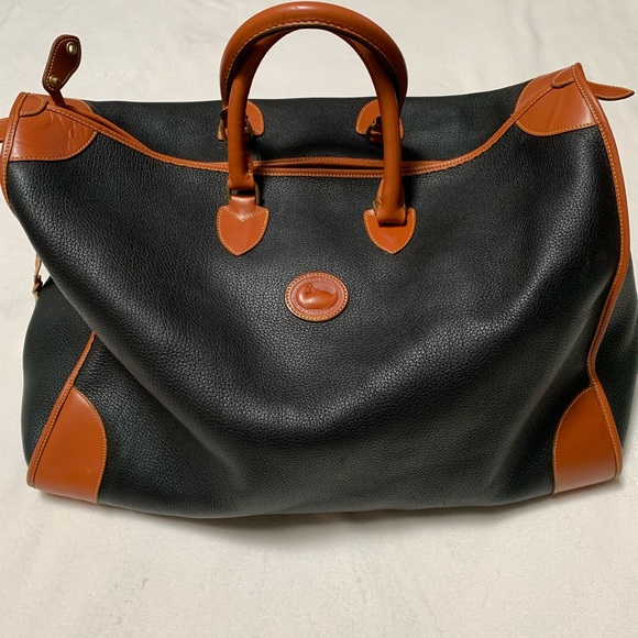 Dooney & Bourke Handbags - Vintage Dooney & Bourke Leather Large Duffle